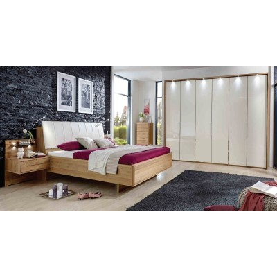 Wiemann Serena Bi-Fold Panorama Door Wardrobe with Magnolia Glass